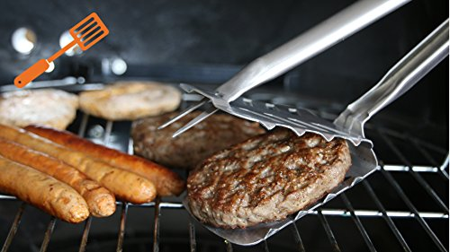 Multifunktions Grillzange, Barbecue Multi-Tool - in Aktion auf dem Grill